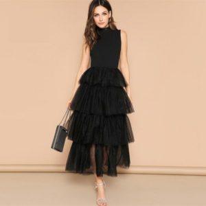 Robe noire chic et tendance mode